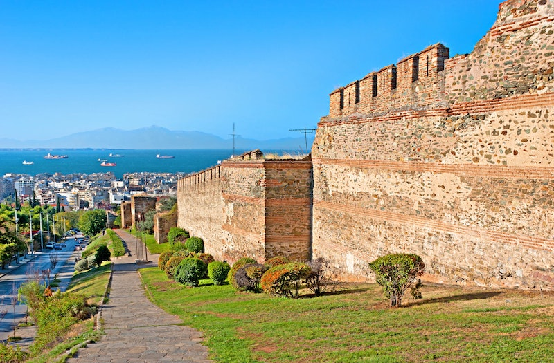5-coolest-places-to-visit-in-Thessaloniki-Ano-Poli-DayTrip4U