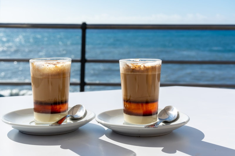 top-five-things-to-do-in-tenerife-barraquito-drinking-daytrip4u