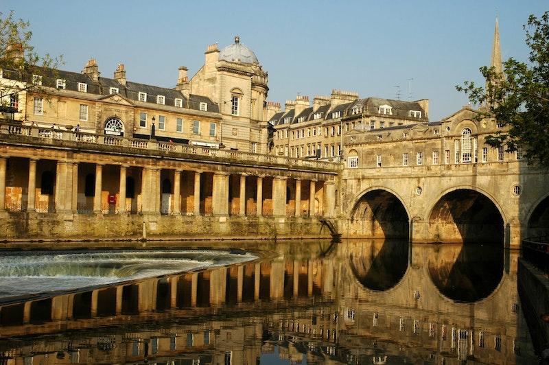 top-5-day-trips-from-london-bath-DayTrip4U