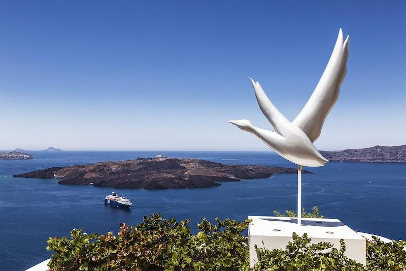 Best-instagrammable-spots-in-santorini-caldera-island-DayTrip4U