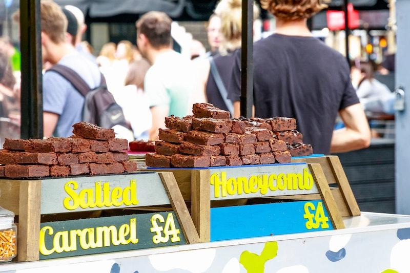 top-5-street-food-markets-in-london-camden-market-DayTrip4U
