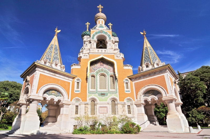top-attractions-in-nice-cathedrale-orthodoxe-russe-saint-nicolas-daytrip4u