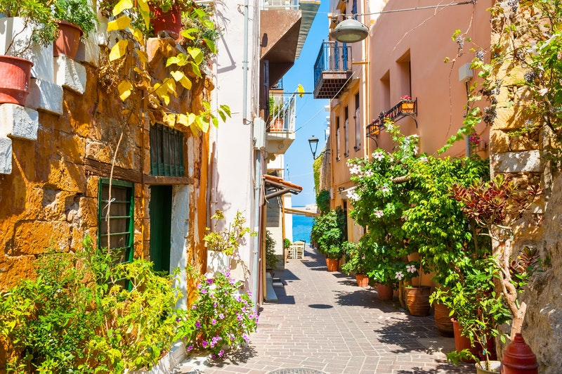 top-three-things-to-do-in-chania-old-town-exploring-daytrip4u