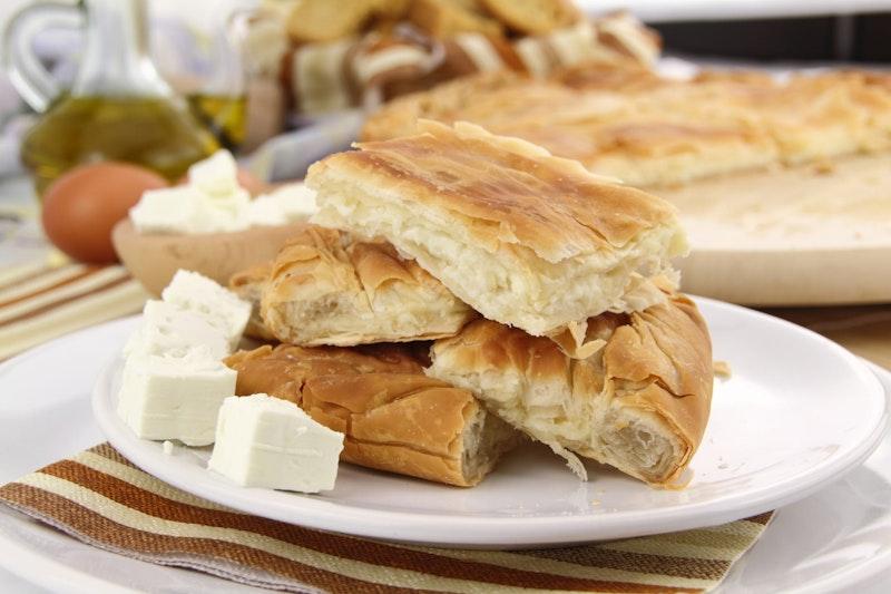 top-five-street-food-spots-in-athens-cheese-pie-daytrip4u