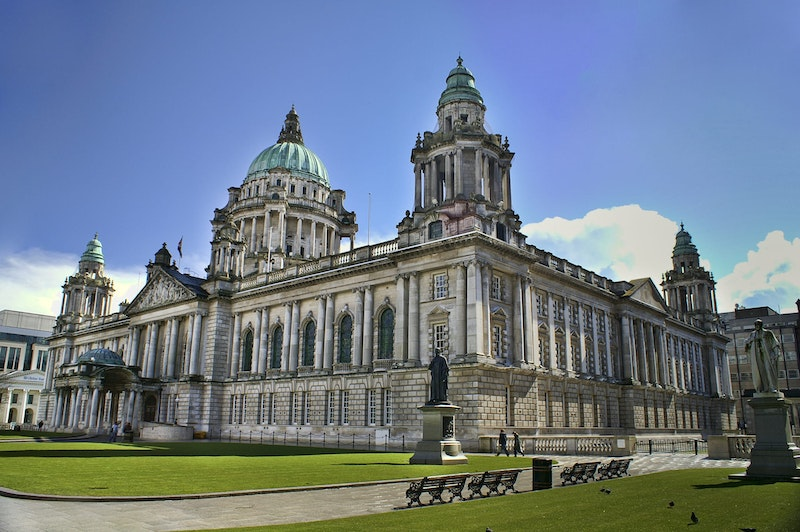 top-5-things-to-do-in-belfast-city-hall-photo-DayTrip4U