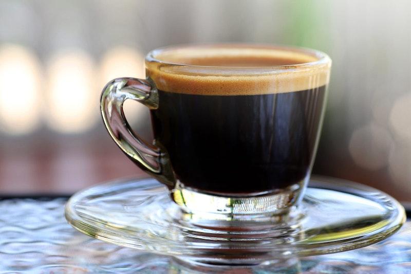 top-five-bucket-list-experiences-in rome-espresso-drinking-daytrip4u