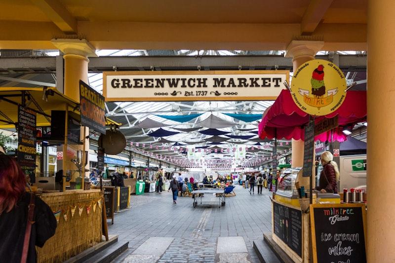 top-5-street-food-markets-in-london-greenwich-market-DayTrip4U