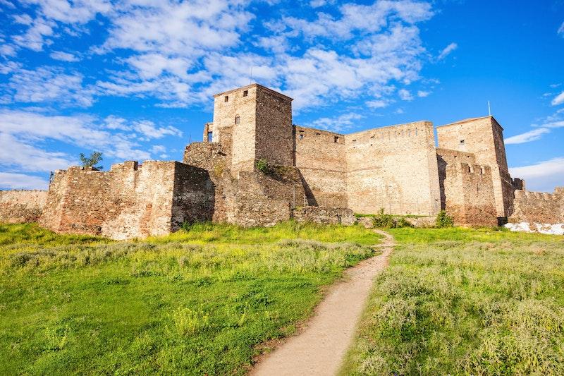best-historical-monuments-in-thessaloniki-heptapyrghion-DayTrip4U