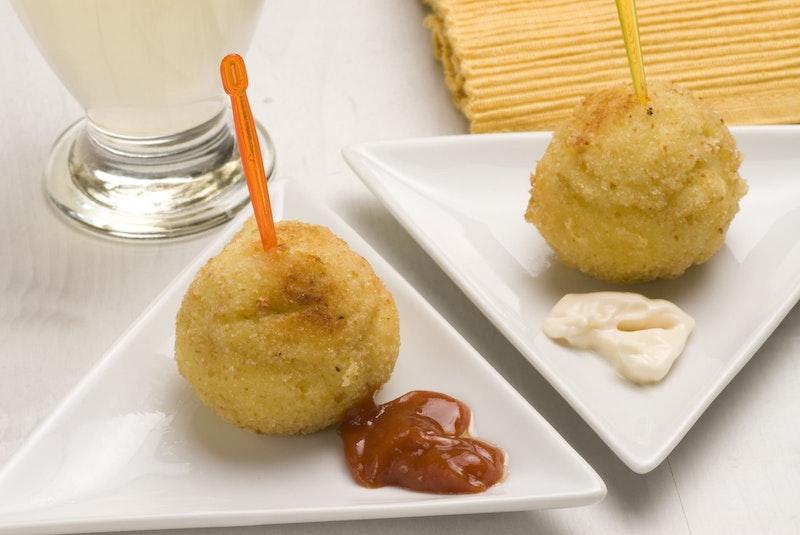 top-five-dishes-in-barcelona-la-bomba-daytrip4u