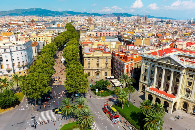 top-things-to-do-in-barcelona-la-rambla-daytrip4u