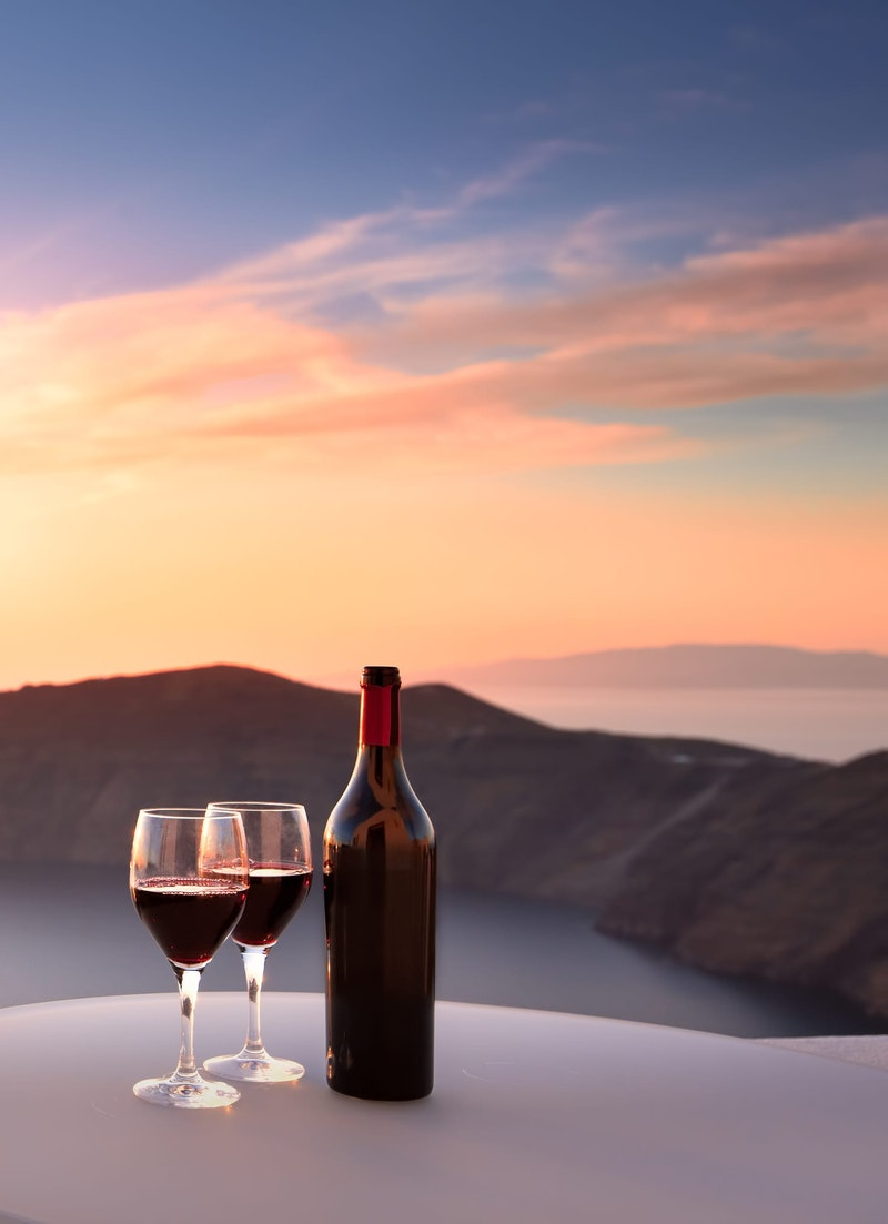 top-5-things-to-do-in-santorini-local-wine-DayTrip4U