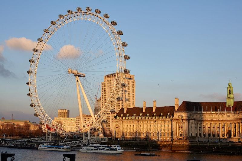 5-must-see-attractions-in-london-london-eye-DayTrip4U