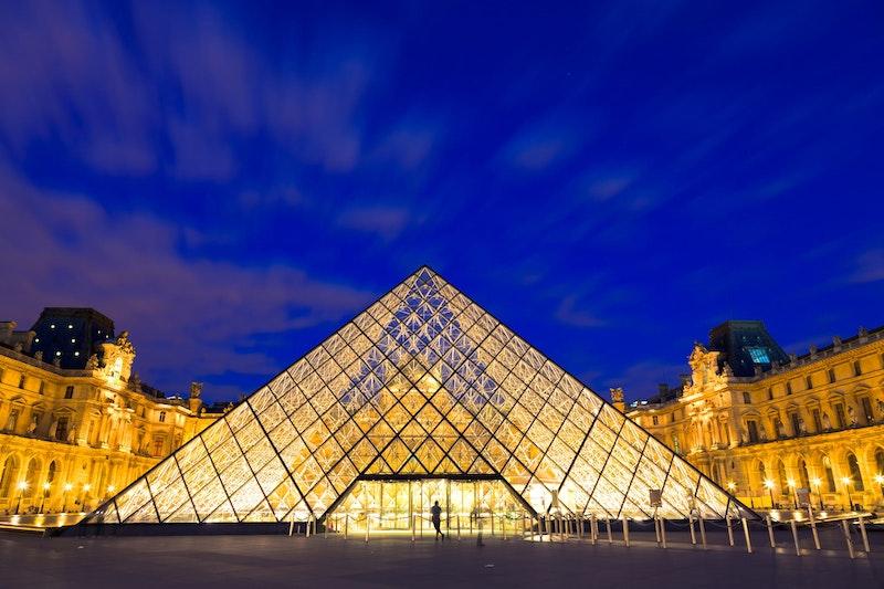 top-five-sunset-spots-in-paris-louvre-daytrip4u
