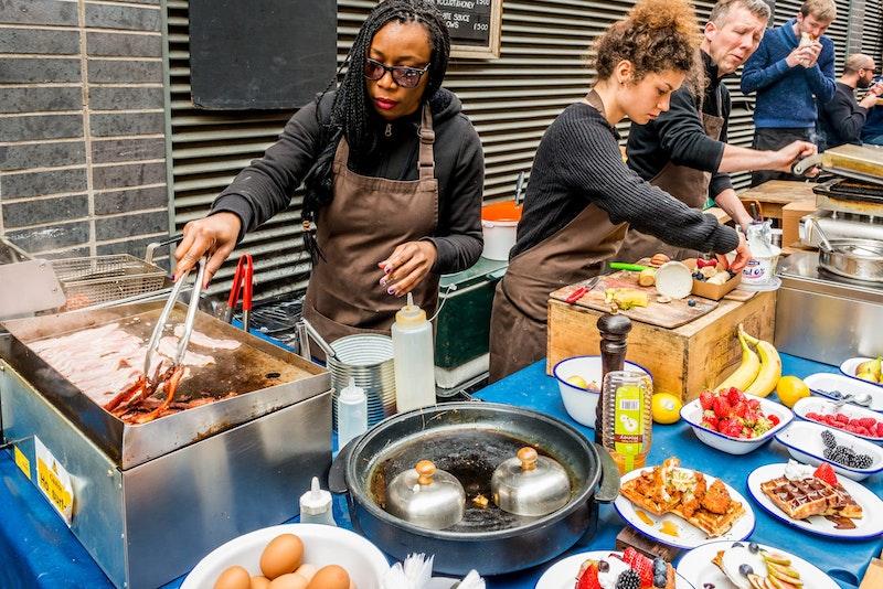 top-5-street-food-markets-in-london-maltby-street-market-DayTrip4U