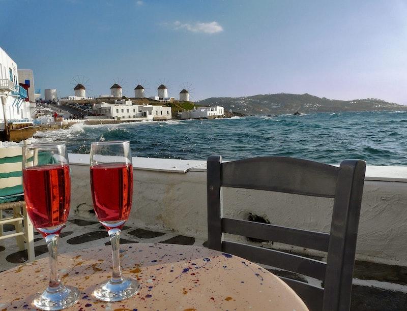 top-three-activities-in-mykonos-local-wine-tasting-daytrip4u