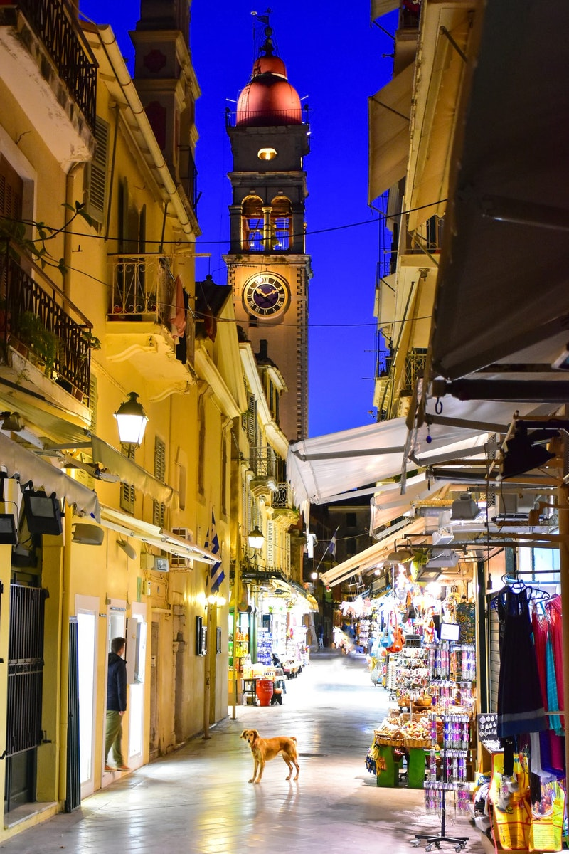 must-do-experiences-in-corfu-old-town-daytrip4u