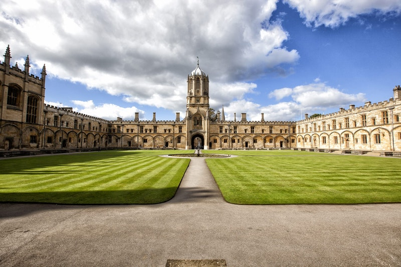top-5-day-trips-from-london-oxford-DayTrip4U
