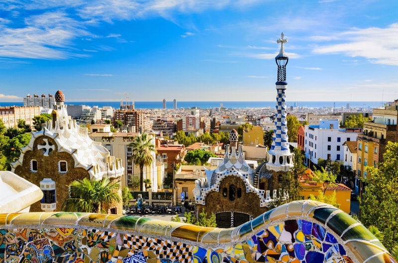 five-must-visit-places-in-barcelona-park-guell-daytrip4u