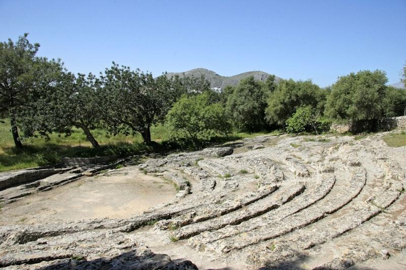 most-epic-places-in-mallorca-ruines-romanes-de-pollentia-datrip4u