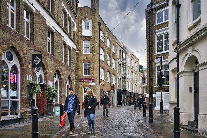 top-5-london-neighbourhoods-soho-DayTrip4U