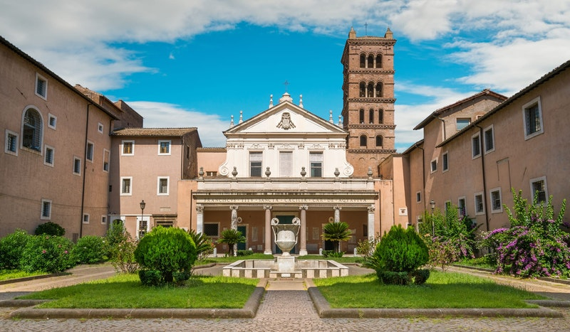 top-five-things-to-do-in-trastevere-rome-best-churches-daytrip4u