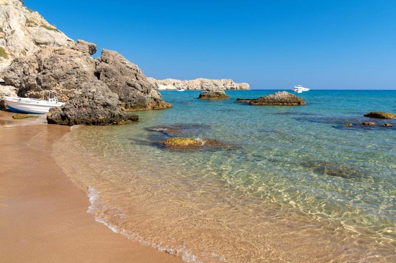 top-five-beaches-in-rhodes-tsampika-beach-daytrip4u