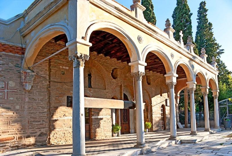 5-most-important-unesco-listed-churches-in-thessaloniki-vlatadon-monastery-DayTrip4U